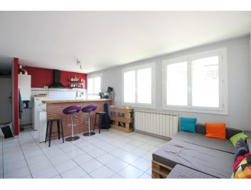 APPARTEMENT - T3 - SEPT DENIERS